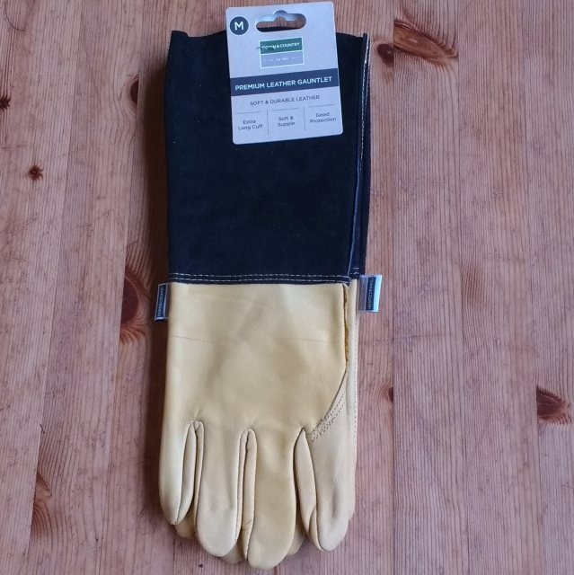 Town and Country Premium Gauntlet Gloves